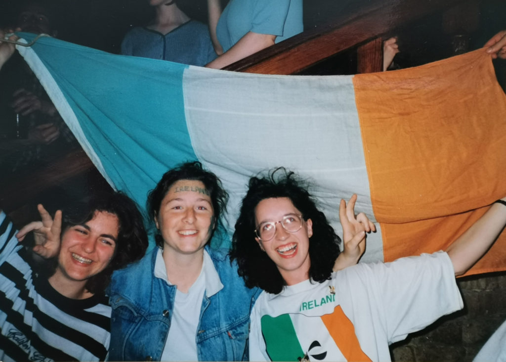 Jana Ribisch and friends with Irish flag during the League of Ireland
