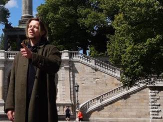 François Plassat in front of the Friedensengel in Munich